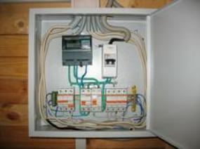 схема устройство защиты электроприборов
